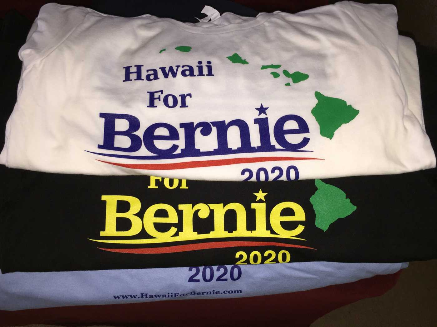 2020 Hawaii For Bernie Shirt (white/blue/black)